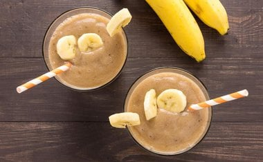 Smoothie de chocolate e banana (receita Ducoco)