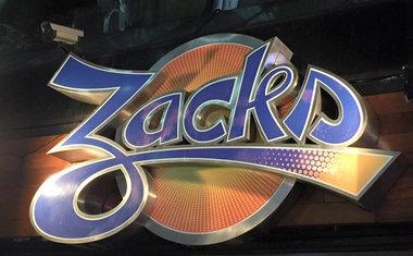 Zacks - Centro