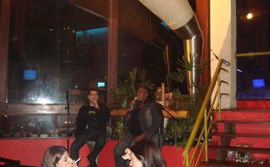 Opereta Bar e Videokê