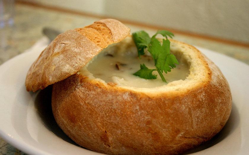 Sopa de Cebola no Pão Italiano