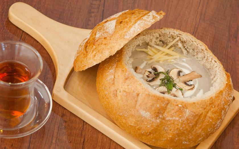 Sopa de Cogumelo no Pão Italiano