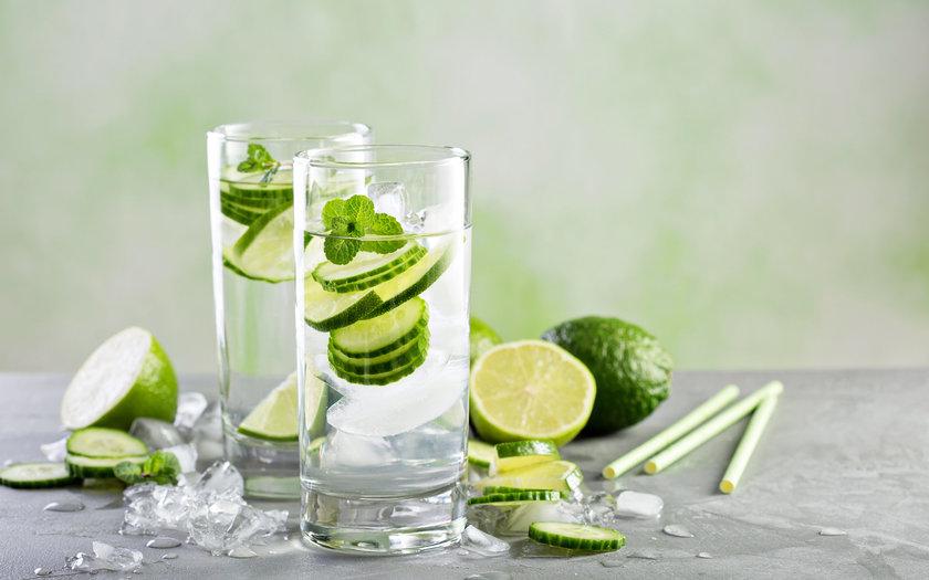 Drink de Saquê com Pepino