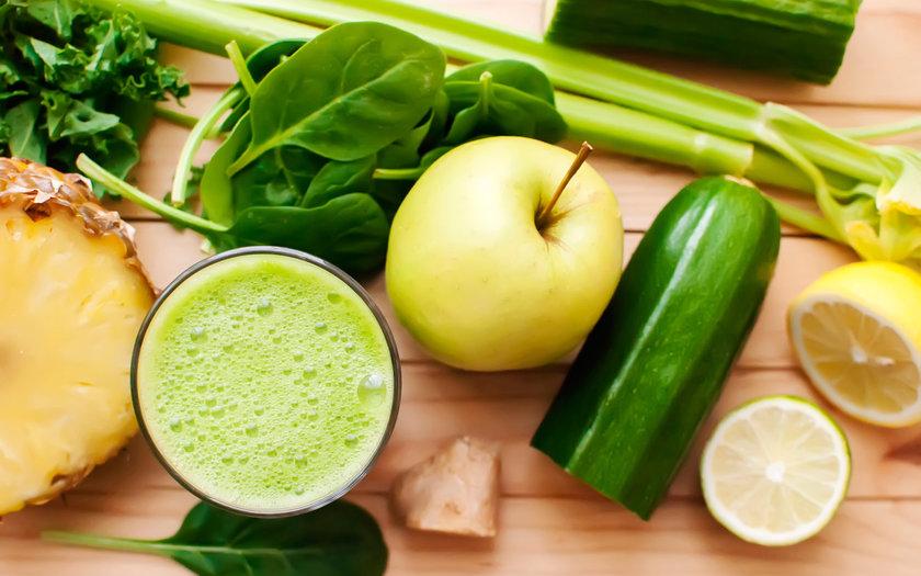 Suco de maçã com pepino