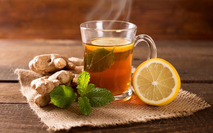 Chá termogênico de canela, gengibre e cravo