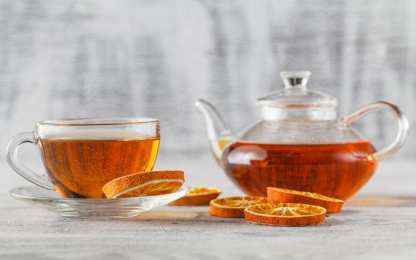 Chá de laranja e camomila