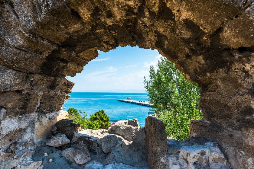 8 Cidades Que V 227 O Te Convencer A Visitar A Costa Do Mar Negro