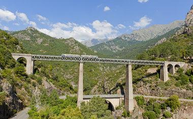 Trem de Bastia a Ajaccio