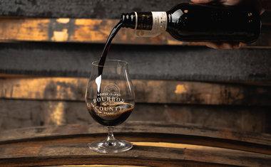 Goose Island cria bar secreto por tempo limitado para celebrar a chegada de cerveja rara; saiba mais