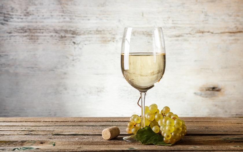 Vinho branco seco