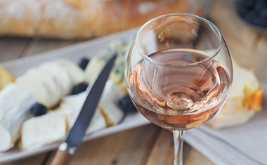 10 dicas simples para combinar vinhos com comidas