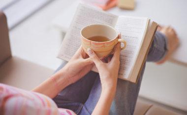 Auto-Cuidado: 10 coisas que você pode fazer para aproveitar um tempo com si mesmo em casa
