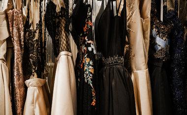 10 dicas preciosas para cuidar dos seus vestidos