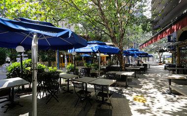 Bares, restaurantes e salões de beleza reabrem em São Paulo a partir desta segunda-feira (6); saiba tudo!