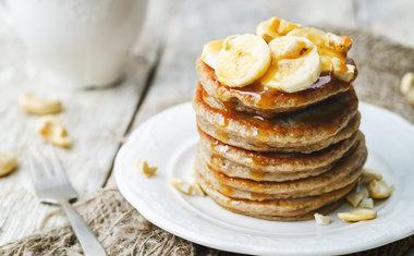 Panqueca de banana e iogurte