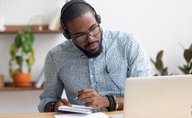 10 podcasts que podem te ajudar a alavancar o seu negócio