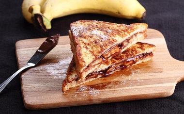 Tostex de banana com creme de avelã
