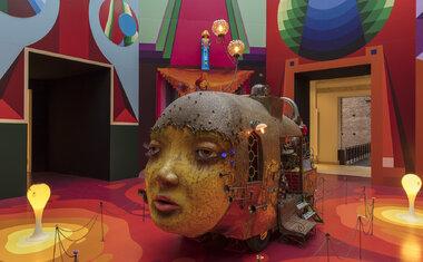"""Tour virtual pela exposição """"OSGEMEOS: Segredos"""" é novidade da Pinacoteca de São Paulo; saiba tudo!"""