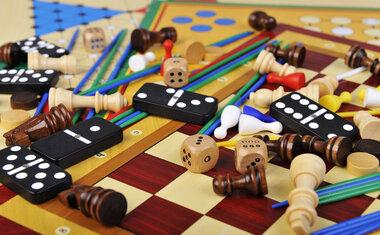 13 jogos de tabuleiro que vão garantir momentos de diversão em casa