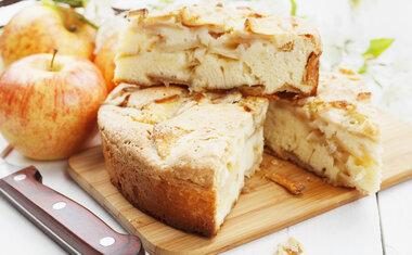 Receita de bolo de maçã sem açúcar é perfeita para o lanche da tarde; veja o passo a passo!