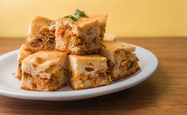 Receita de torta de milho verde e frango é fácil de fazer; confira!