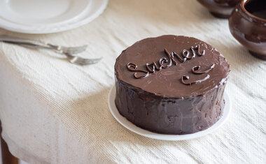 Receita: aprenda a fazer Torta Sacher, típica de Viena