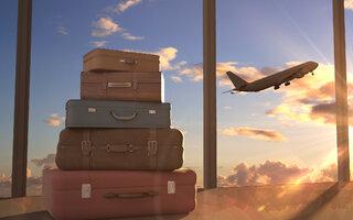 malas e avião.jpg