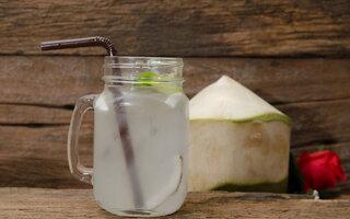 Vodka + água de coco