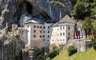 Castelo Predjama | Predjama, Eslovênia
