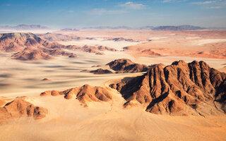 Deserto do Namibe   Mad Max: Estrada da Fúria