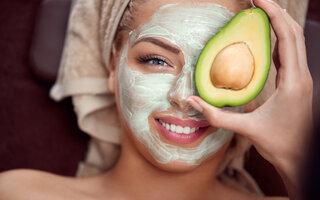 Hidratante de abacate para peles secas