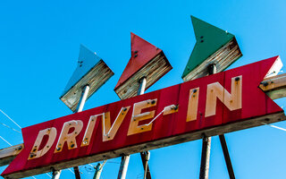 DRIVE IN STAGE