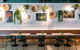 A Ventana Bar & Café