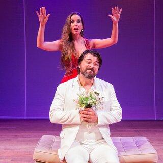 Teatro: Os Homens Querem Casar e as Mulheres Querem Sexo 2