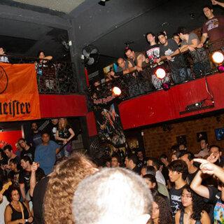 Bares (antigo): Calabouço Heavy & Rock Bar