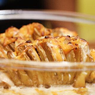 Receitas: Aprenda a fazer batata recheada com queijo e bacon