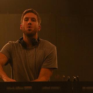 Música: Calvin Harris lança novo álbum; vem escutar!