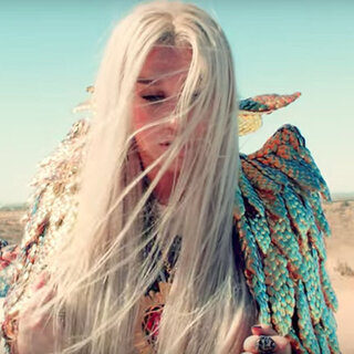 Música: Kesha está de volta - assista ao novo clipe da cantora!