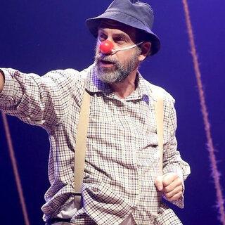 Teatro: Plínio – A História do Maldito Bendito