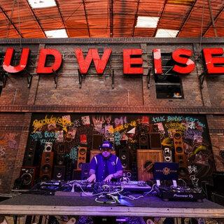 Na Cidade: Budweiser Basement Copa 2018