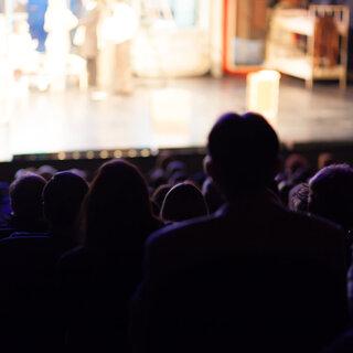 Na Cidade: Festival de Férias no Teatro Folha