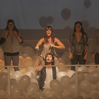 Teatro: Favor Beber o Leite, Senão Estraga