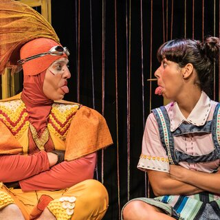 Teatro: A Minicostureira
