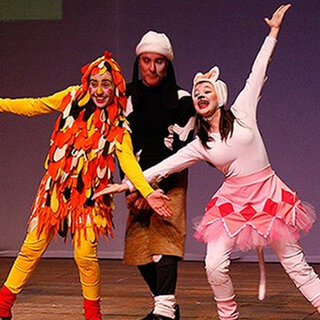 Teatro: Os Saltimbancos