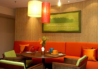 Restaurantes: Tahitian Noni Café