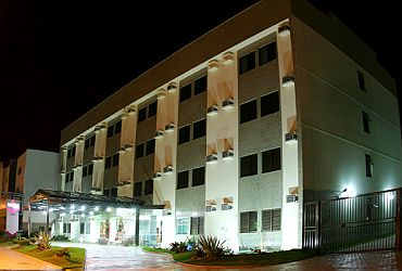 Na Cidade: Castelo Plaza Hotel