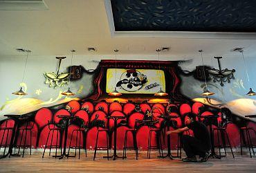 Pub Cine Avenida
