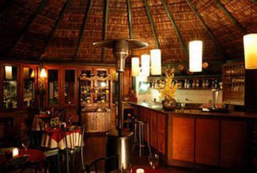 Clube Chalezinho - Bar e Lounge