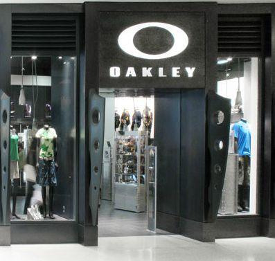 96e5af105f35e Lojas Oakley Store - São Paulo - Guia da Semana