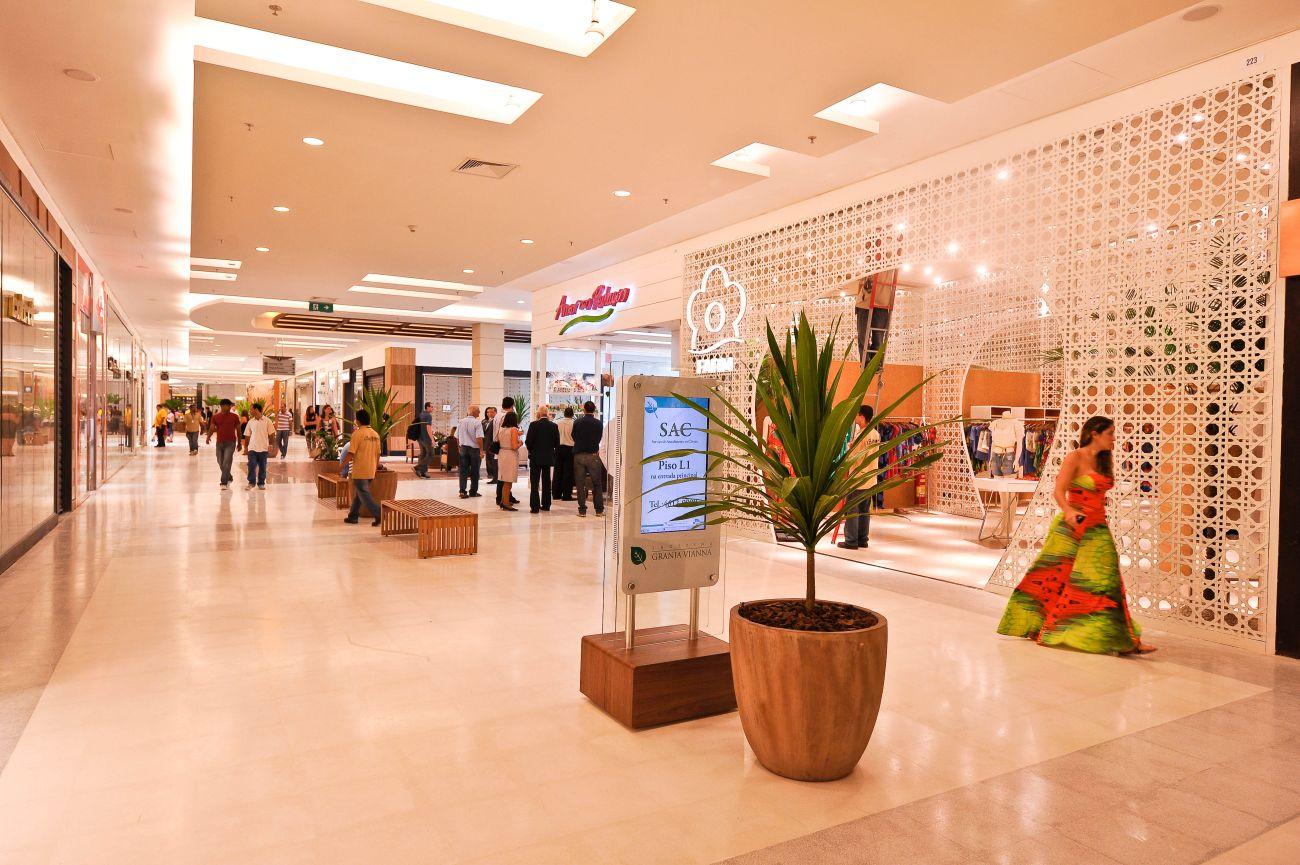 Shopping Granja Vianna