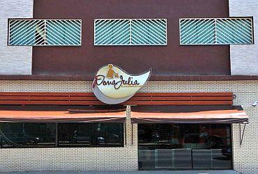 Dona Julia Restaurante e Grill